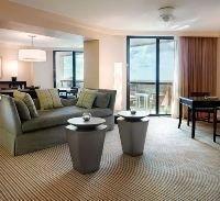 BuenaVista Palace Suites