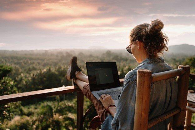 computer on travel